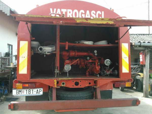 www.vatrogasni-portal.com/images/articles/130509-cisterna2.jpg