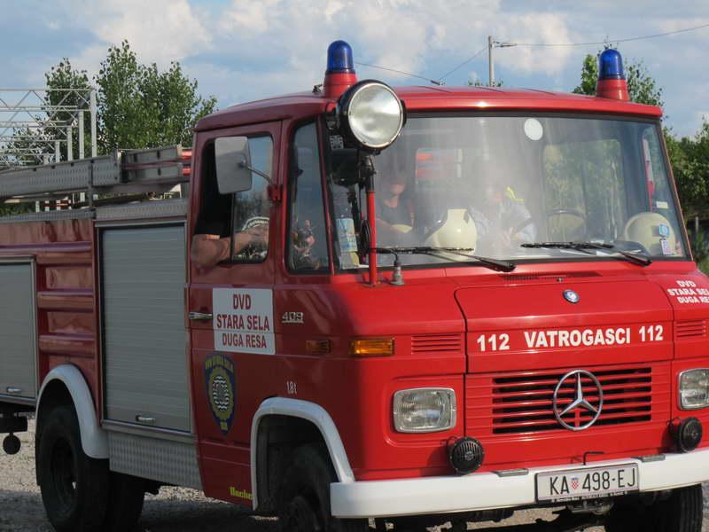 www.vatrogasni-portal.com/images/articles/170326-mercedes-l409-3.jpg