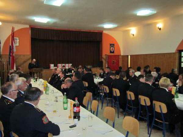 www.vatrogasni-portal.com/images/news/130420-ludina-1.jpg
