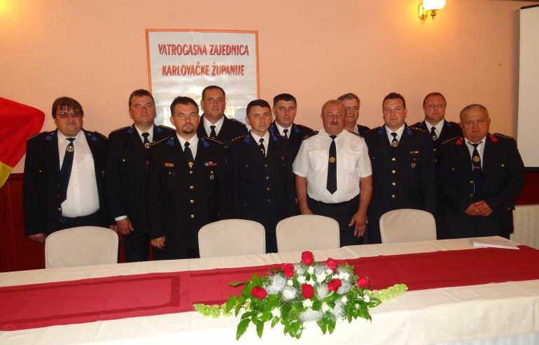 www.vatrogasni-portal.com/images/news/130613-karlovac-1.jpg