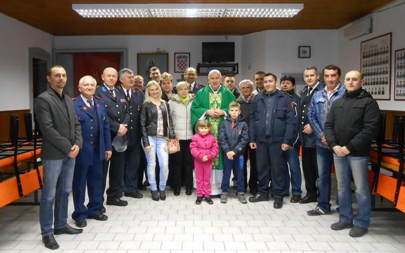 www.vatrogasni-portal.com/images/news/150116-oriovac-1.jpg
