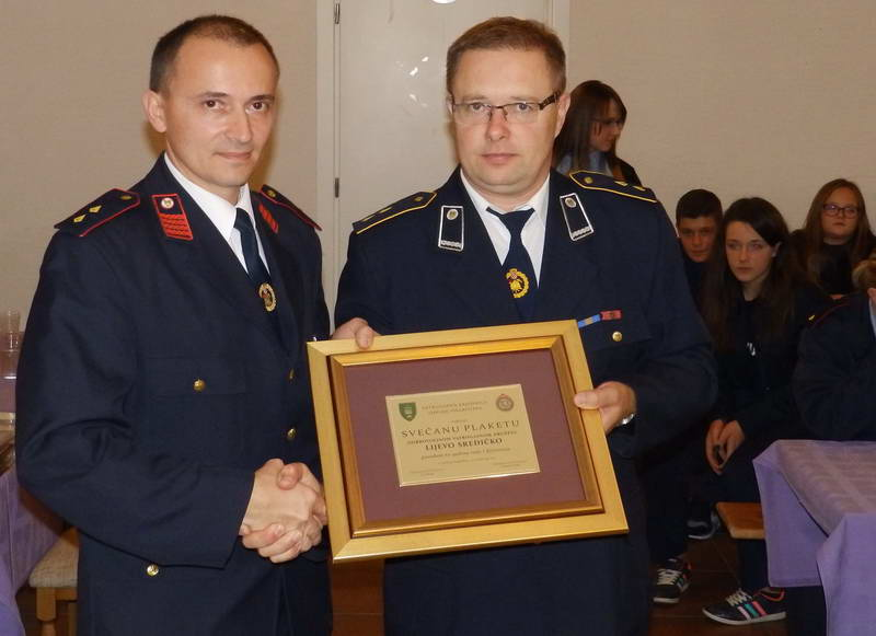 www.vatrogasni-portal.com/images/news/151120-sredicko-3.jpg