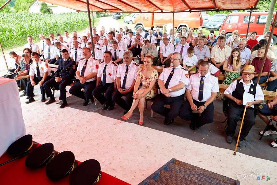 www.vatrogasni-portal.com/images/news/160706-lukavec-1.jpg