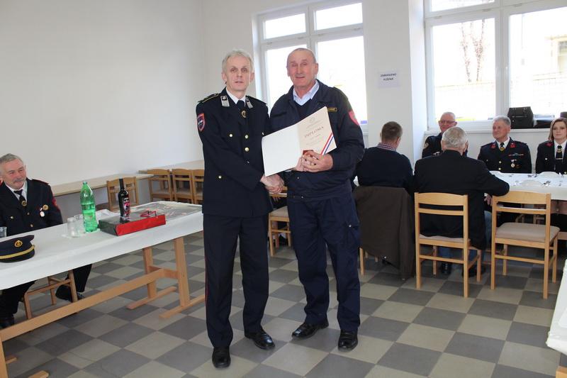 www.vatrogasni-portal.com/images/news/170301-sikirevci-3.jpg