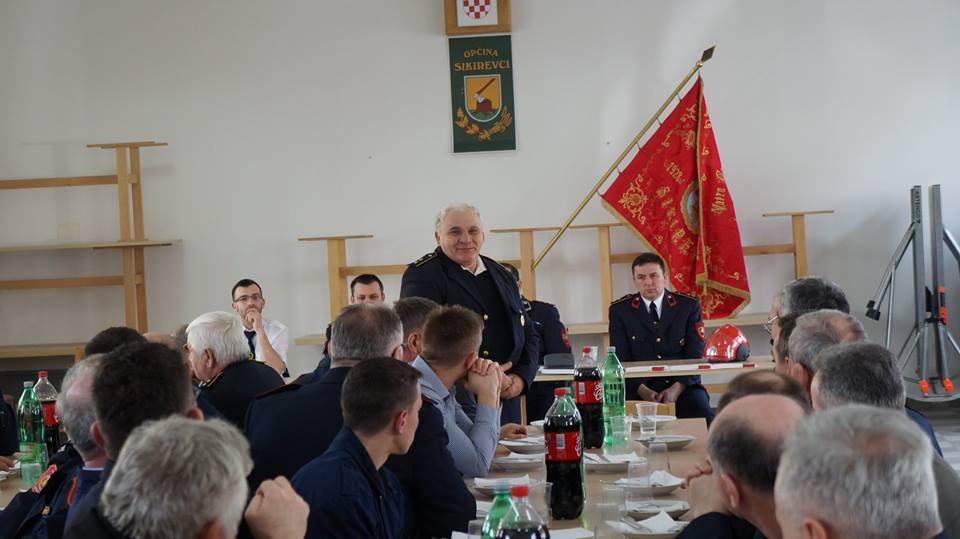 www.vatrogasni-portal.com/images/news/180225-sikirevci-4.jpg