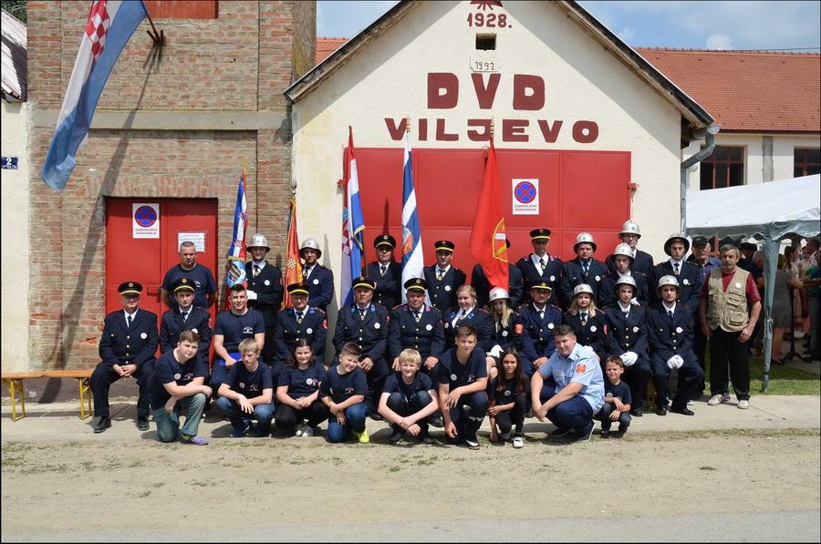 www.vatrogasni-portal.com/images/news/180526-viljevo-1.jpg
