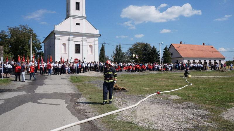 www.vatrogasni-portal.com/images/news/180917-sikirevci-6.jpg